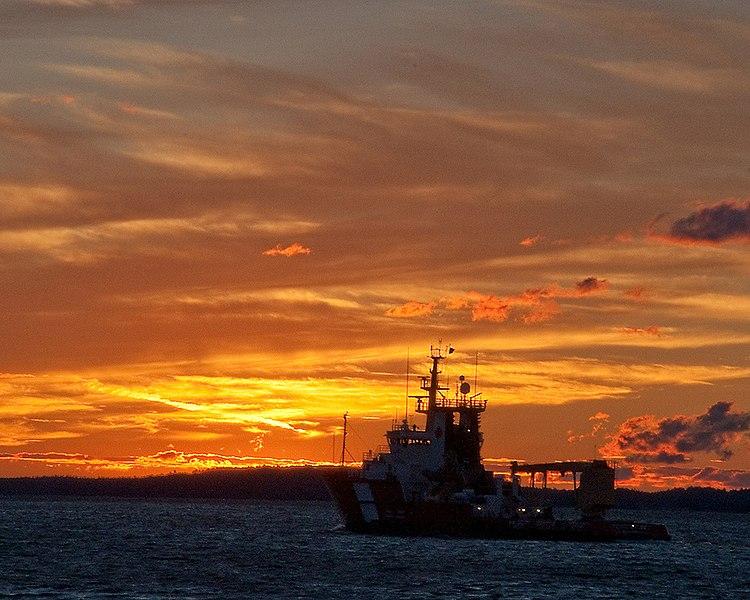 File:Canadian Coast Guard vessel Samuel Risley leaves Parry Sound at dusk.jpg