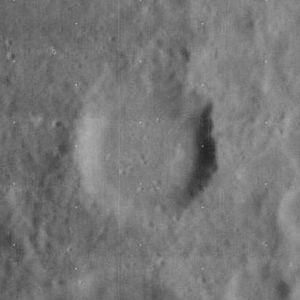 Carrington (crater) - Image: Carrington crater 4062 h 2