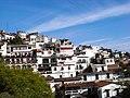 Casas y mas casas ... - panoramio.jpg