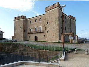San Lorenzo del Vallo - Castel in San Lorenzo del Vallo