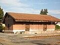 Castelvetro Piacentino stazione magazzino merci.JPG