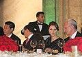 Cena de Estado que en honor del Excmo. Sr. Xi Jinping, Presidente de la República Popular China, y de su esposa, Sra. Peng Liyuan (8960387892).jpg
