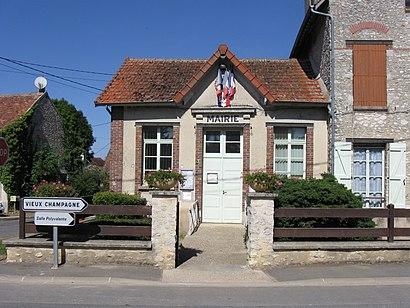 Comment aller à Chateaubleau en transport en commun - A propos de cet endroit