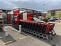Chariots Supermarché Carrefour Market Vonnas 1.jpg