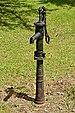 Chavenat 16 Pompe à eau 2013.jpg