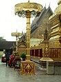 Chiang Mai-28-Wat Phra Dhat Doi Suthep-Innenhof-1976-gje.jpg