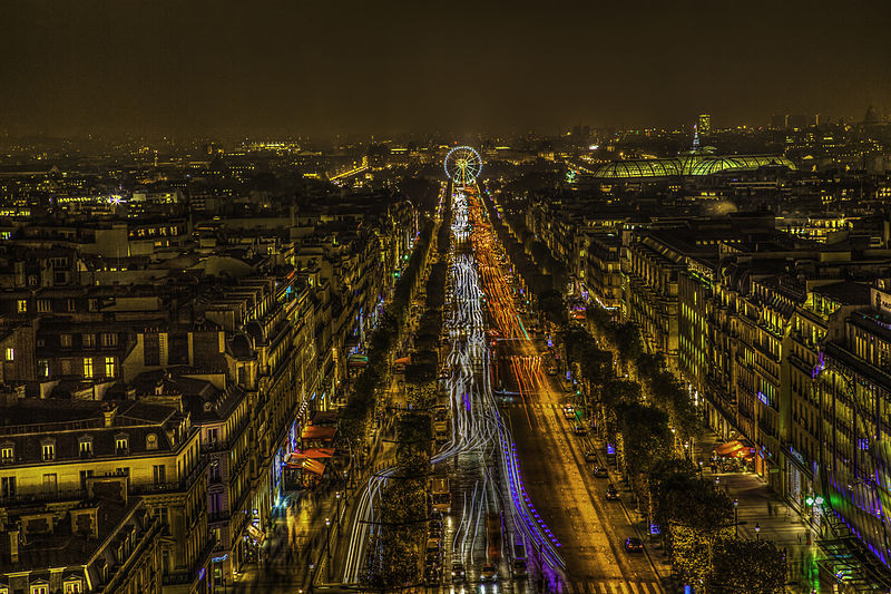 File:Cityscape Paris november at night light view on Champs Elesees (8204488131).jpg