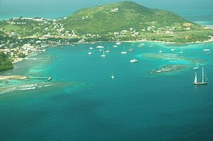 Union Island - Clifton Harbour from the air