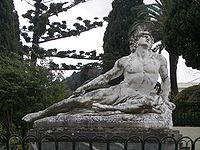 Closeup of Achilles thniskon in Corfu Achilleion.JPG