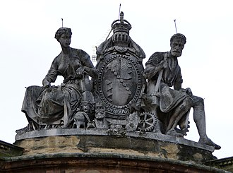 Bennetts Hill - Coat of arms of the Borough of Birmingham above the former National Provincial Bank