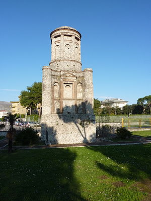 Curti, Campania - Conocchia monument