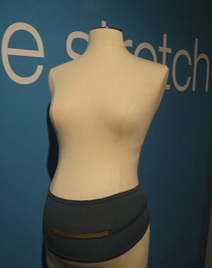 Uterine contraction -  Knitted Bellyband with conductive thread and RFID chip to monitor contractions