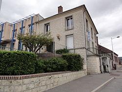Couvron-et-Aumencourt (Aisne) mairie.JPG