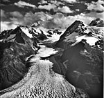 Crillon Glacier, valley glacier and hanging glaciers on the mountainsides, September 16, 1966 (GLACIERS 5335).jpg