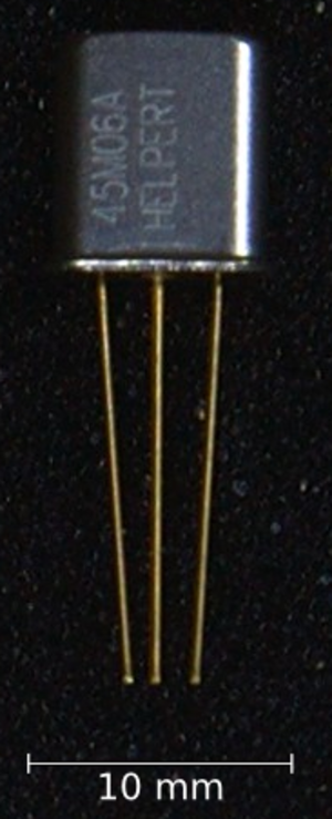 Electronic filter - Crystal filter with a center frequency of 45 MHz and a bandwidth B3dB of 12 kHz.