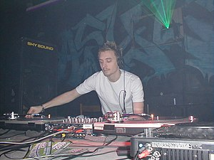 DJ Fresh - DJ Fresh performing at a rave in Springfield, Massachusetts in 2003.
