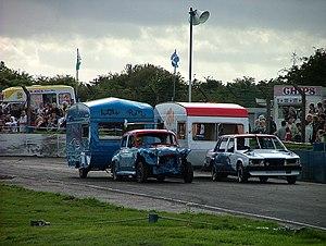 Banger racing - Caravan racing.