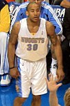 Dahntay Jones Nuggets 2009.jpg
