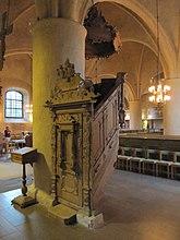 Fil:Danderyds kyrka int06.jpg