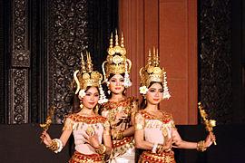 Danseuses kmer (2)
