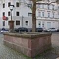 Darmstadt-Forstmeisterplatz-Brunnen.jpg