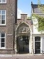 Delft - Bagijnhofpoort Oude Delft.jpg