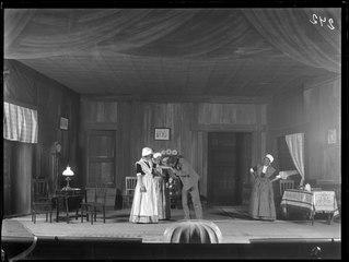 Den frånvarande, Svenska teatern 1904. Föreställningsbild