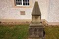 Denkmal vor St.Thomas-Kirche in Bordenau (Neustadt am Rübenberge) IMG 8016.jpg