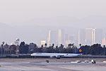 Deutsche Lufthansa - D-AIHQ (8627313626).jpg