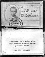 Di Stefano's youth membership card at River Plate.