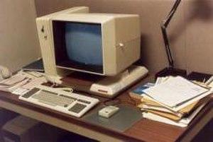 Apollo/Domain - Apollo DN330 at Chelmsford, ca. 1985