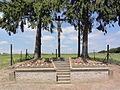Dorengt (Aisne) croix de chemin.JPG