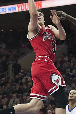 Doug McDermott CHI vs PHI 2014-11-07 (cropped).jpg