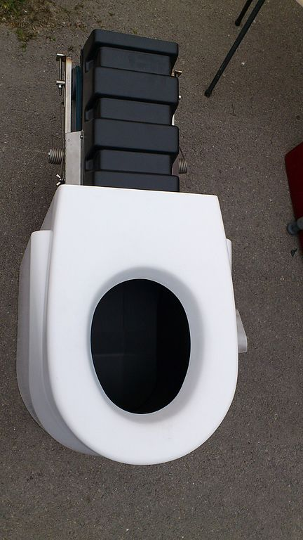 File dry toilet model with liquid solid separation 7000176557 jpg wikimedia commons - Toilet toilet model ...