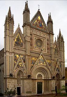 Facciata della cattedrale di Orvieto.