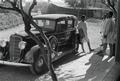 ETH-BIB-Abessinier neben Auto-Abessinienflug 1934-LBS MH02-22-0965.tif