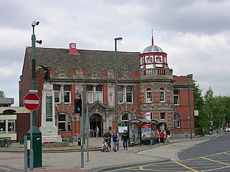 Eccles, Greater Manchester - Eccles Library and war memorial