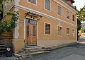 Ehemalige Schule im Kahlenbergerdorf.jpg