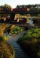 Eisenbahnüberführung über die Beeke Ricklinger Gauetwater Blick von der Helene-Weber-Brücke I.jpg