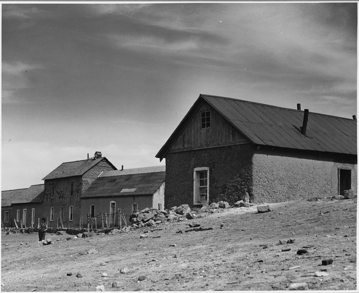 File:El Cerrito, San Miguel County, New Mexico. Buildings are of many different shapes and sizes. Notic . . . - NARA - 521153.tif