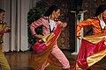 Escenas de La Traviata (3) (5297471825).jpg