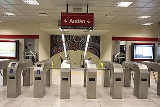 Echeverría (Buenos Aires Underground) - Image: Estación Echeverría Subte B, molinetes