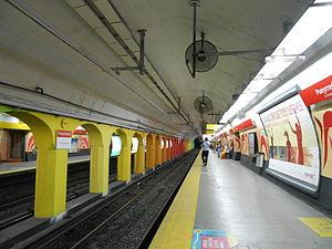 Pueyrredón (Line B Buenos Aires Underground) - Image: Estación Pueyrredón, línea B del subte de Buenos Aires por D2000