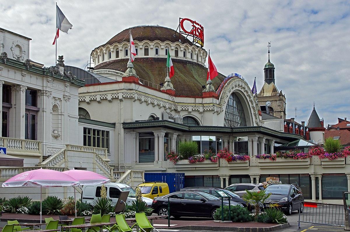 File Evian Les Bains Haute Savoie 10004966976 Jpg Wikimedia Commons