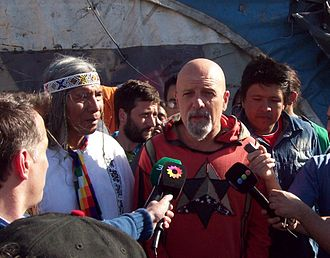 Toba people - Gustavo Cordera and Félix Díaz meet at the protest camp in Buenos Aires.