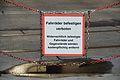 Fahrräder befestigen verboten, Kennedybrücke 02.jpg