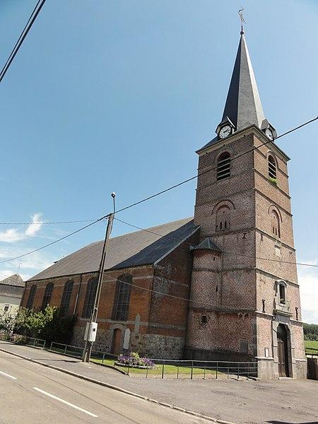 Felleries (Nord, Fr) église, coté nord