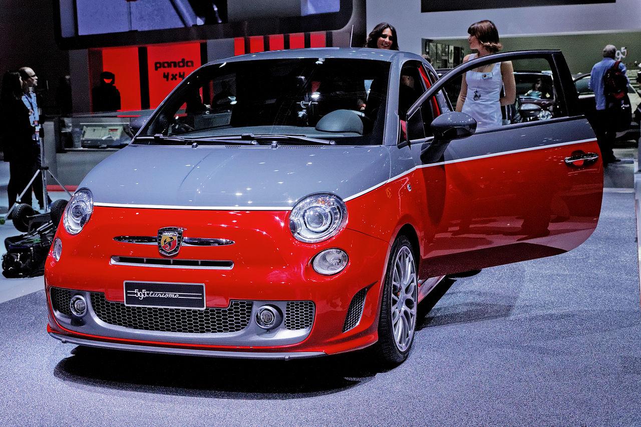 file fiat abarth 595 turismo mondial de l 39 automobile de paris 2012 wikimedia commons. Black Bedroom Furniture Sets. Home Design Ideas