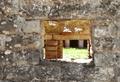 Fiesole - Archäologische Zone - Heißluftöffnung im Tepidarium mit Blick ins Caldarium, 2019.png