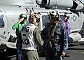 Flickr - Official U.S. Navy Imagery - The commander of the U.S. Pacific Fleet, is greeted by the XO of USS Carl Vinson..jpg